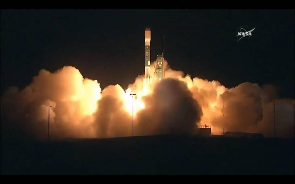 中国发射最牛气象卫星后 美国人也急忙发射了一颗