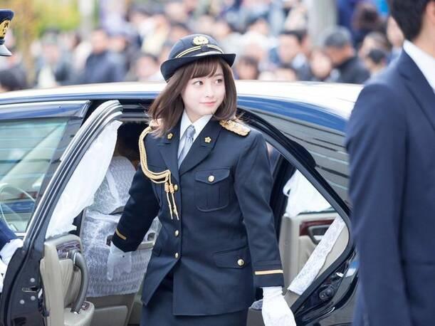 日本4000年来最美警察署长 网友:太可爱了