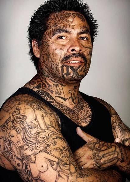 男人失去纹身后,美国摄影师还原他们原来的样子|洗纹身-郑州天龙纹身工作室