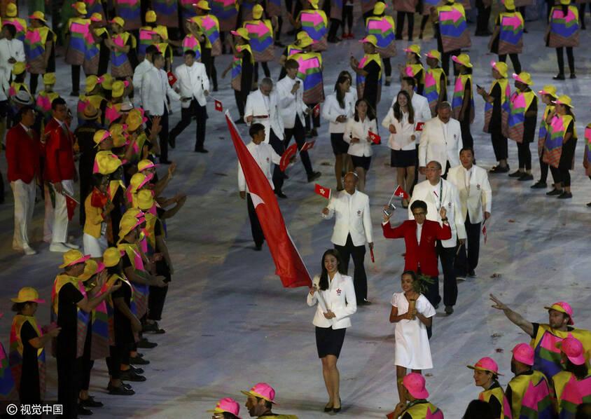 中国香港奥运旗手获赞颜值逆天 美貌不输港姐(图)