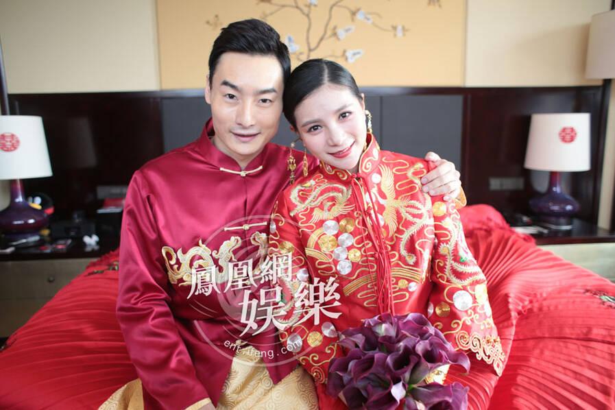 秦凯何姿大婚:新娘穿中式礼服超美 (高清组图)