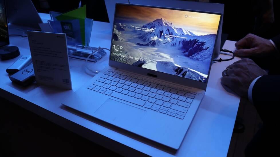 Dell新XPS13图赏:白色版窄框屏宛如MIX2羊脂玉