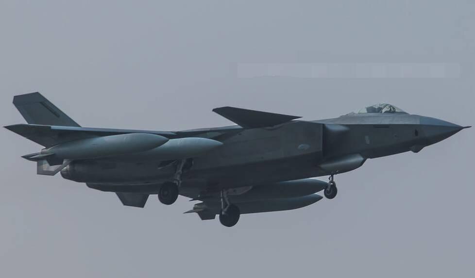 中国研发隐形无人机 可躲防空武器 - 天在上头 - 我的信息博客