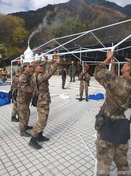 救援官兵到达西藏6.9级地震震中 (高清组图)