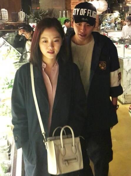 王大陆姜汉娜亲密同逛海鲜店 曾多次被拍疑坐实恋情