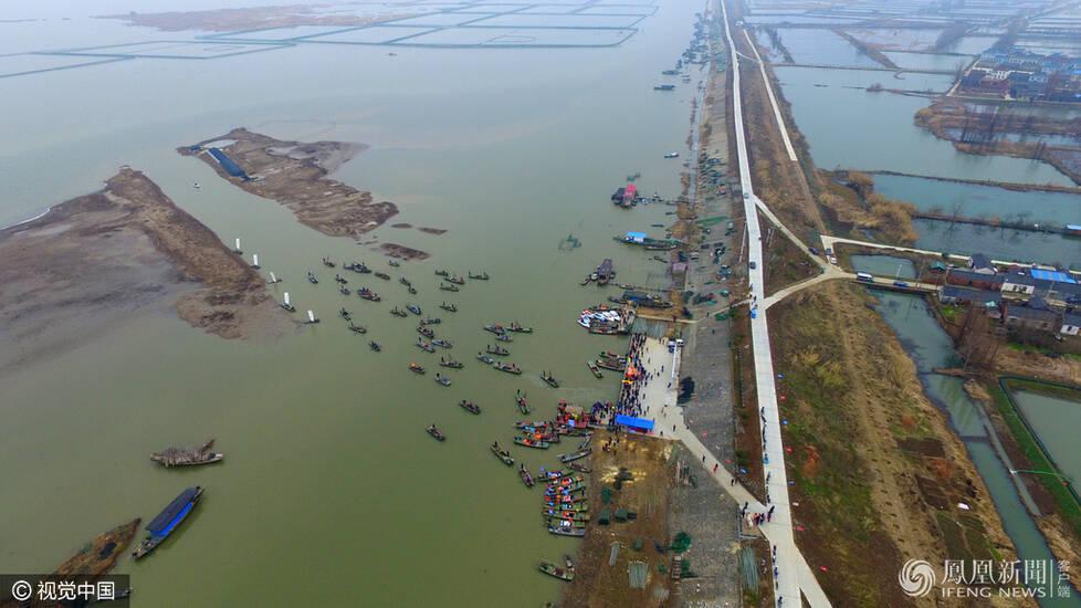 """传承渔家传统 扬州邵伯湖再现""""杀围""""捕鱼 - 粉伊香 - 粉伊香"""