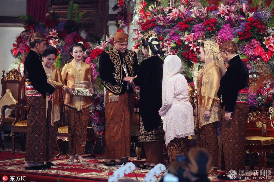 印尼总统嫁女儿 婚礼现场曝光(高清组图)