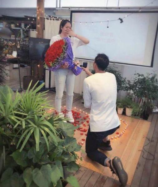 女排杨�B菁老公是谁 杨�B菁刘向东的爱情故事回顾
