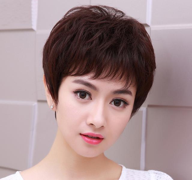 别傻傻去染发,这些适合四五十岁女人的发型,让你年轻图片