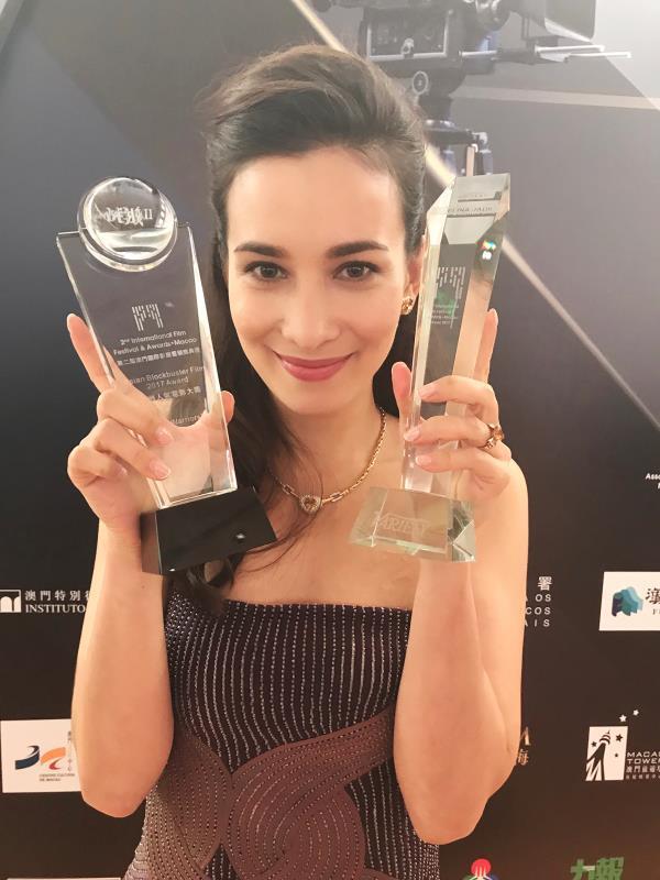 《战狼2》女主卢靖姗澳门国际影展获奖