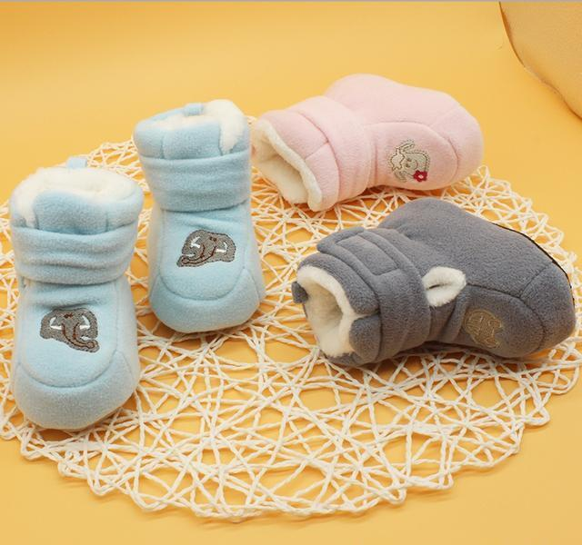 宝宝不爱穿鞋?这些呆萌可爱的冬季保暖学步袜,呵护小