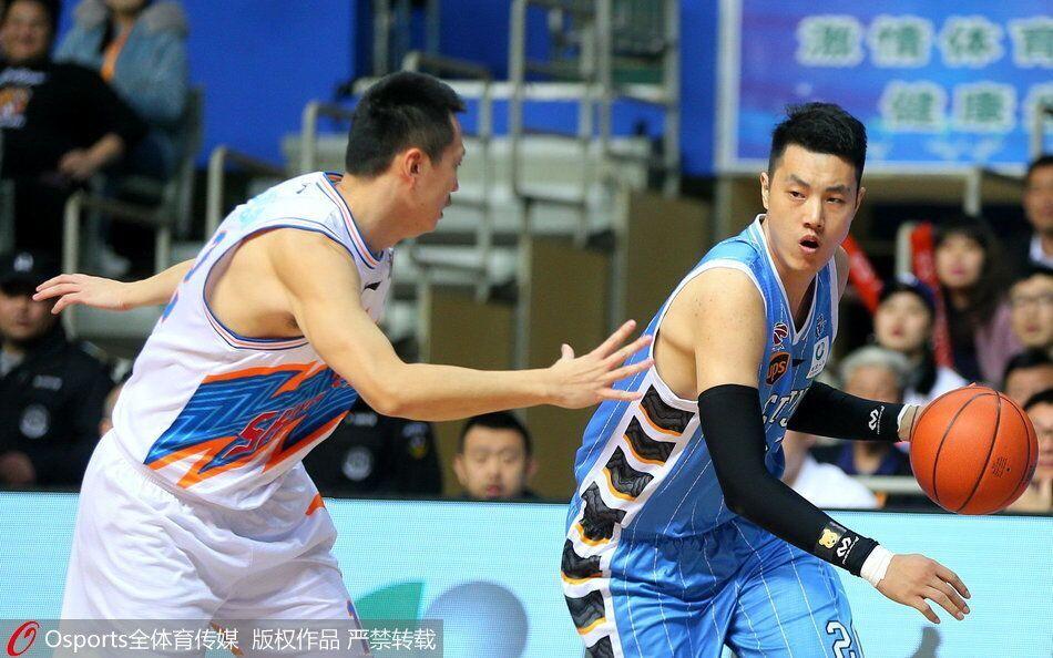 上海主场复仇终结北京四连胜 张兆旭27+8汉密尔顿41分