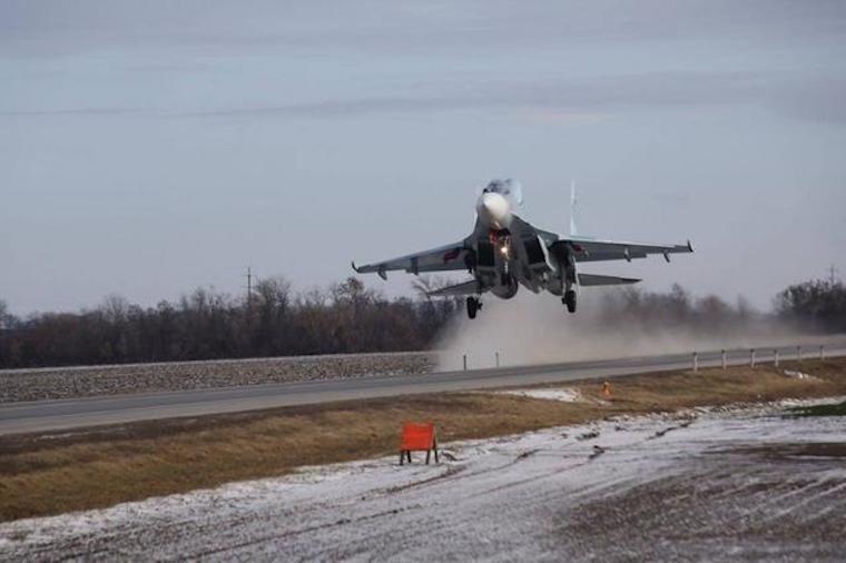 机场被干掉算什么?苏-34演示如