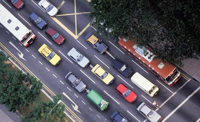 """""""三分钟停车线""""将全国推广 路边停车不用愁了"""