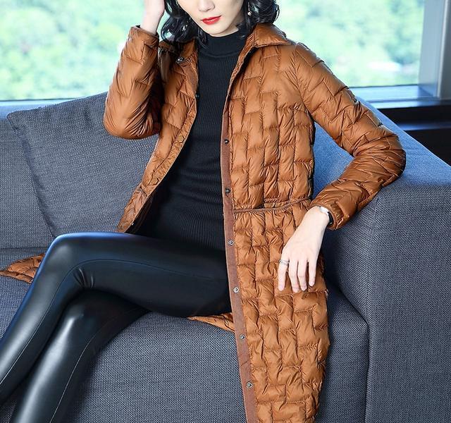 30一40岁女式中款羽绒服_40岁女人冬羽绒服