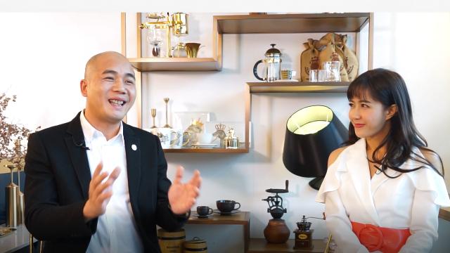 百丝集团独创咖啡与服饰文化 领航人周国兴诠释品味服装