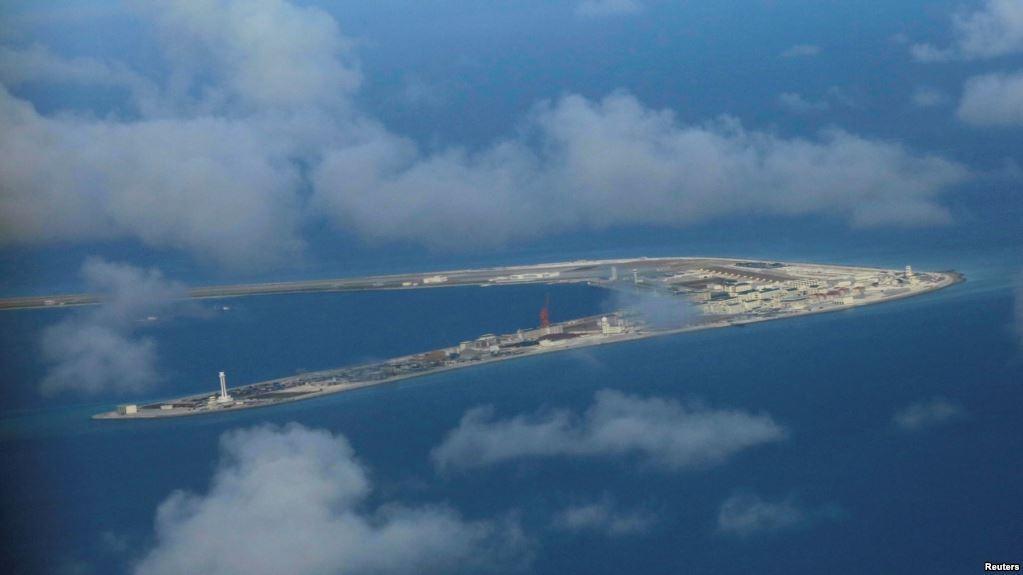 """菲高官:杜特尔特已划红线 """"西菲律宾海""""不容别人开发"""