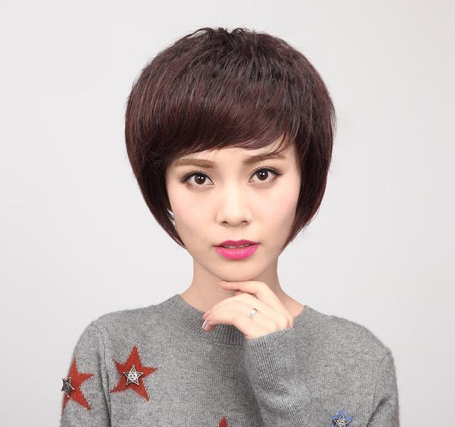 四五十岁女人剪不好发型俗不可耐!这几款发型,减龄10