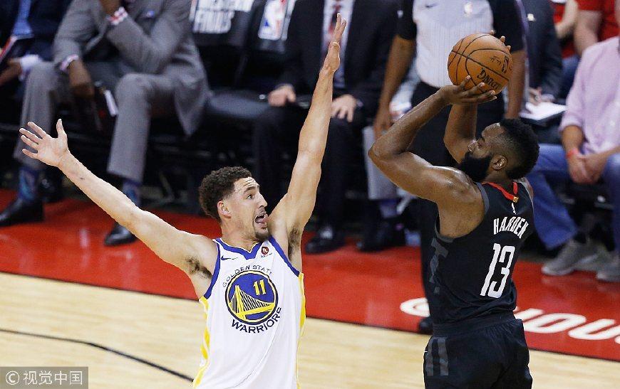 三分连续27投全失!篮筐仿佛加盖 NBA季后最烂纪录