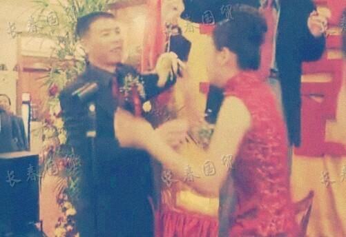 徐帆冯小刚结婚现场照曝光 两人曾经历6年爱情长跑