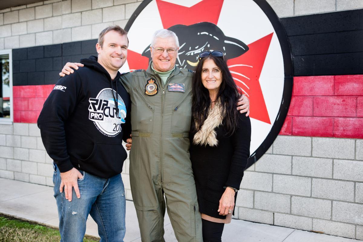 开50年战机破吉尼斯记录!传奇飞行员正式引退