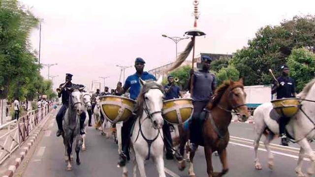 最高礼节!塞内加尔礼宾马队提前进行护卫训练