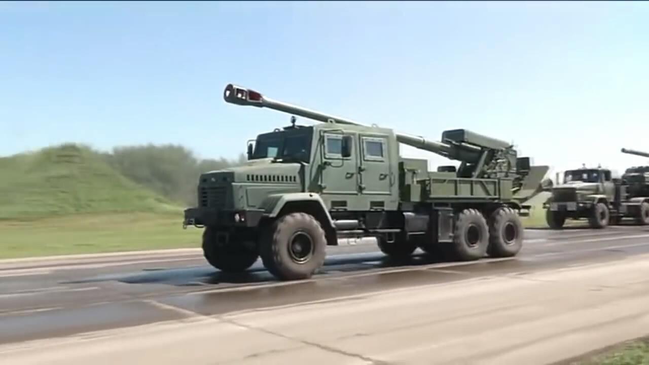 乌克兰推出新型卡车炮 因外观傻大很粗竟被军迷吐槽落后