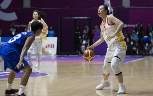 中国女篮外线12