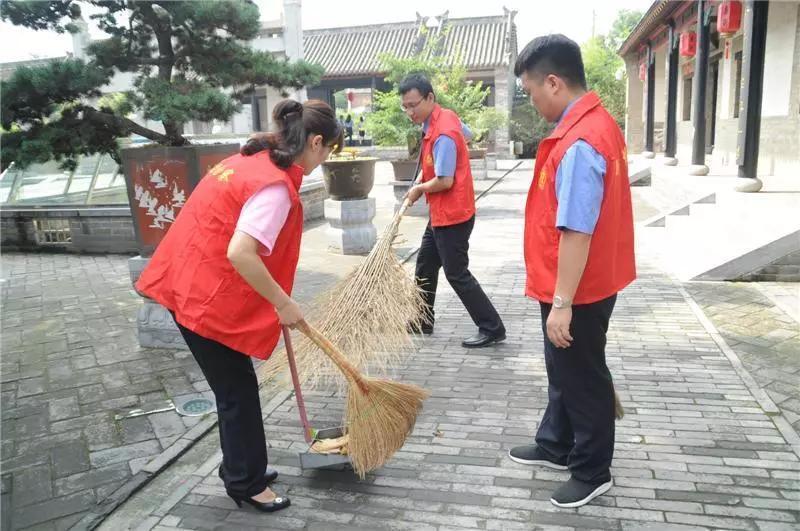 河南新密:检察人员拾金不昧 平凡中传递正能