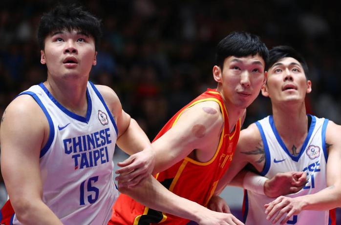 双塔合砍40+25小丁14分 男篮红队33分大胜中国台北进决赛