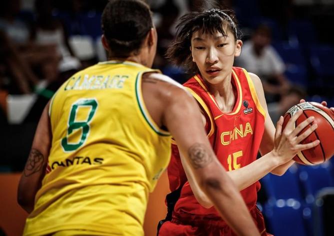 中国女篮41分惨败澳大利亚 状态低迷无缘世界杯四强