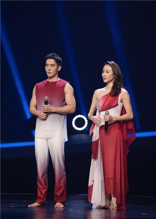 《新舞林大会》总决赛 盛一伦正能量主题舞蹈获赞