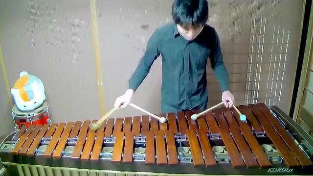 日本牛人!四锤超高速演奏千本桜!
