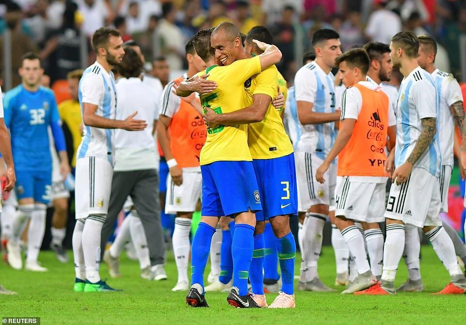 后卫变神锋!巴西铁闸绝杀 若运气佳他能三破阿根廷