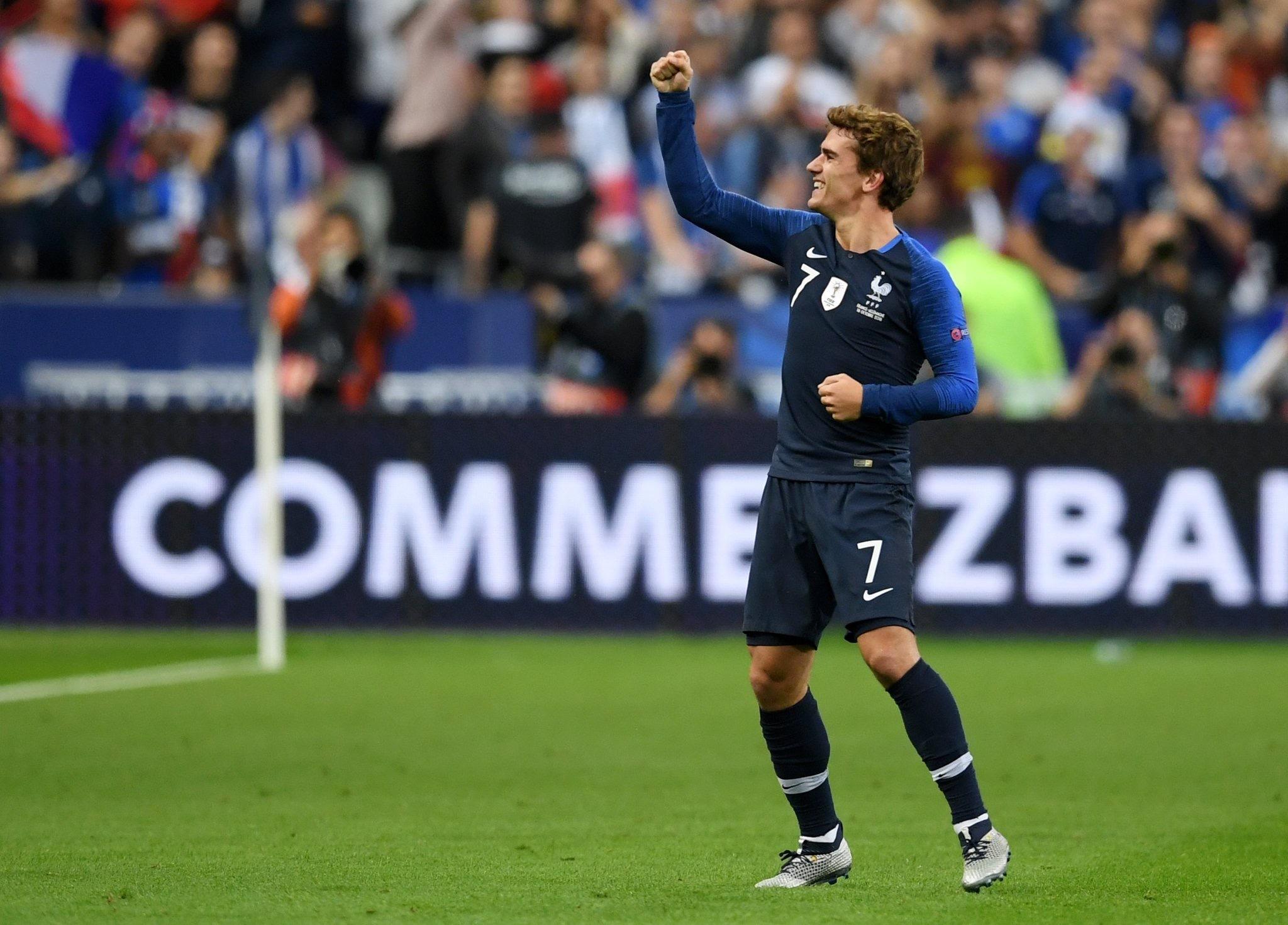 格子头顶脚踢成法国队史第十人 金球奖评选他不输梅罗