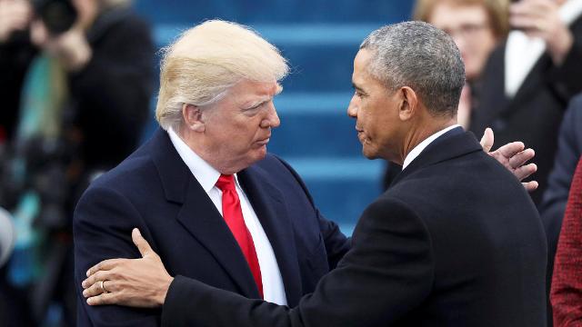 全面开火!奥巴马现场嘲讽特朗普:别忘记是谁重建了美国经济