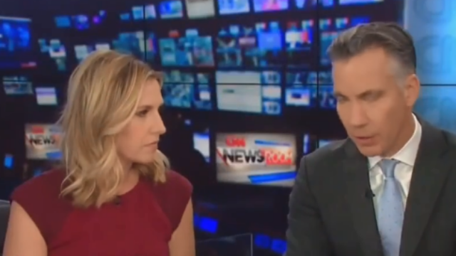 """CNN直播途中响起""""炸弹警报"""",主持人紧急撤离"""