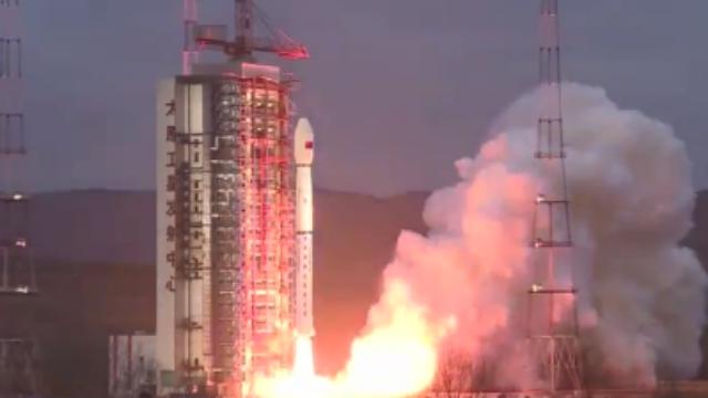 """震撼视频:中国成功发射""""海洋二号B""""卫星"""