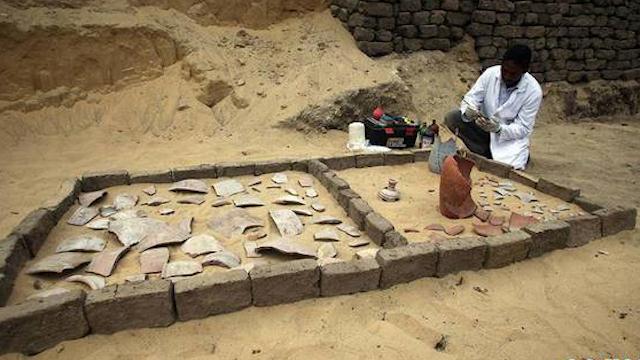 埃及新发现7座法老墓葬