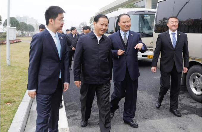 四川省委书记彭清华莅临通威太阳能(成都)有限公司调研