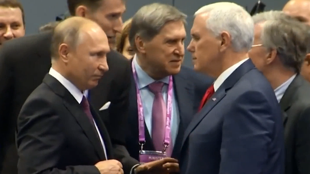 现场!美国副总统用凶狠眼神怒视普京10秒 普京用这个表情回应