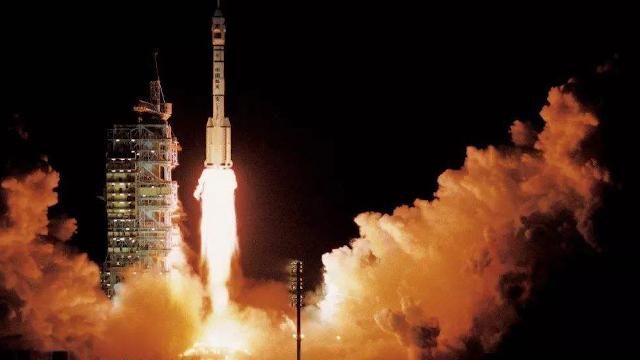 神舟1号发射19年,当年这段视频让网友泪目了