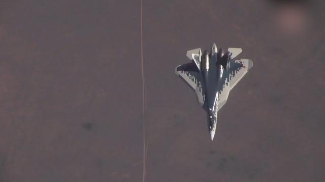 """视频曝光:俄罗斯苏-57""""落叶飘""""高难度超机动 也很炫酷"""