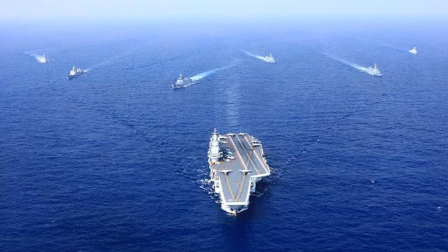 90秒盘点2018年海军高光时刻:国产航母海试 两艘大驱下水
