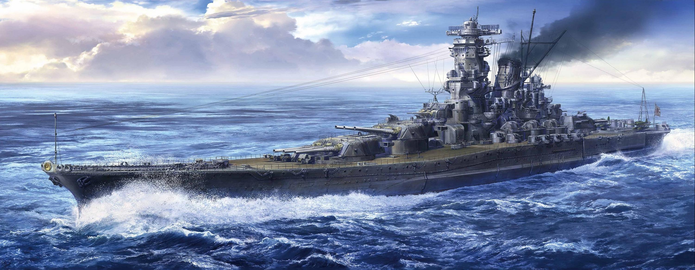 史上最强战列舰:日本海军大和级战列舰。 战列巡洋舰其实是英国海军在20世纪初叶基于自身的战略需求和当时的技术水准创造出的主力舰类型,是作为装甲巡洋舰杀手的角色出现的,具有与战列舰相当的吨位和火力,但航速更快。英国人的主要目的是用战列巡洋舰打击敌对国家海军的装甲巡洋舰,以保护海运线,而在主力舰交战中担任己方战列舰队的前卫或后卫。战列巡洋舰的最大特征就是航速快,在20世纪初叶,战列舰的普遍航速在21节左右,而战列巡洋舰的航速能够达到25节以上。但是,由于当时船舶引擎技术的制约,为了提高航速只能加装更多的锅