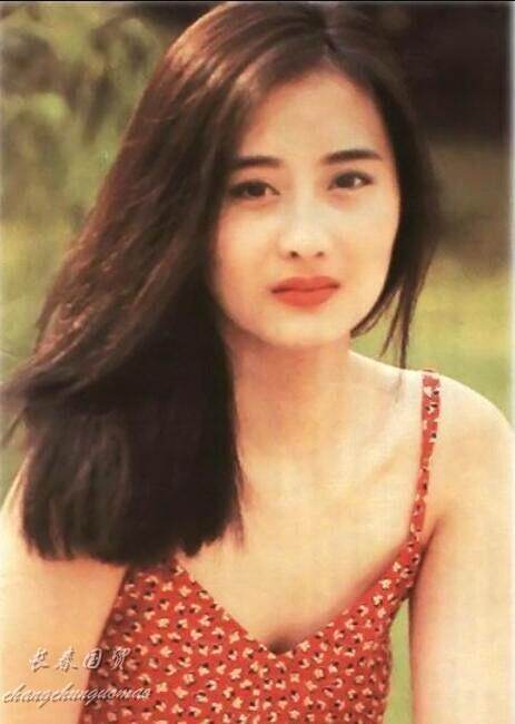 """她曾是""""最美琼瑶女郎"""" 如今45岁容颜未改逆生长(组图)"""