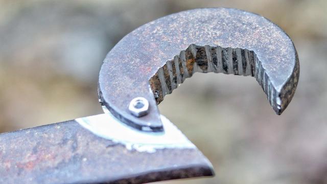 两种工具的改装,扳手还能这样用,这算鸡肋还是创新呢?图片
