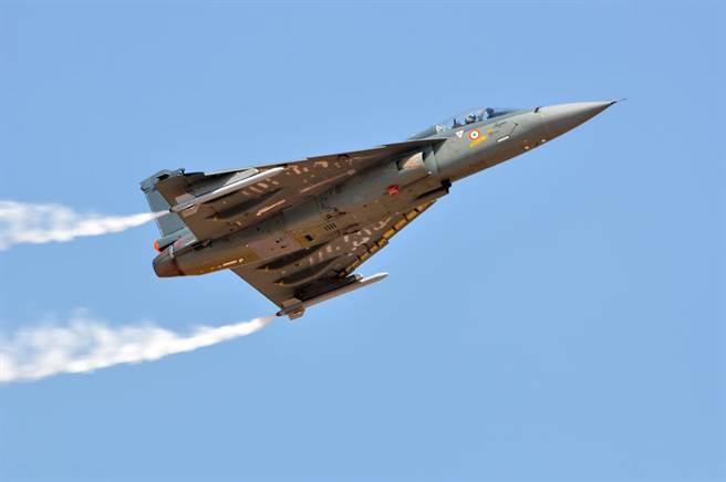 """""""枭龙""""被截胡?!马来西亚或将采购30架印度光辉战机"""