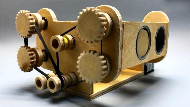 胶合板制作水平对置四缸发动机,直观的工作原理都看懂了!