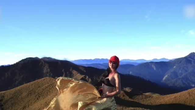 台湾比基尼登山客网红坠亡 曾登山拍97套比基尼登顶走红